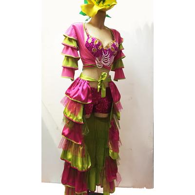 Costume brésilien vert et fuchsia