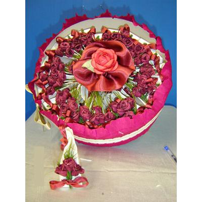 Gâteau à dragées 24 parts bordeaux