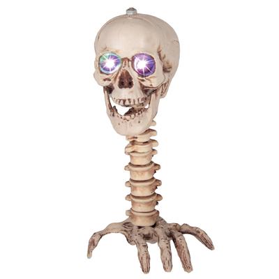 Décoration tête de mort sur main
