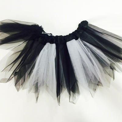 Jupe tutu en tulle noire et blanche