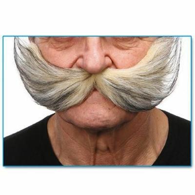 Moustaches Géantes