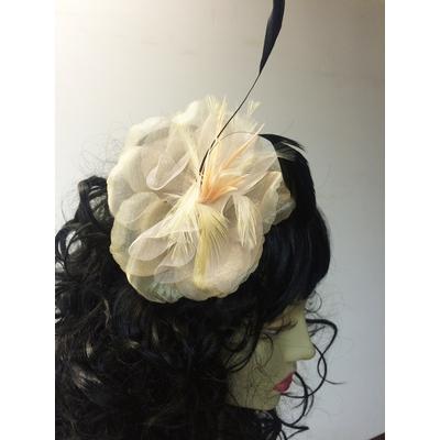 Pince à cheveux fleur organza ivoire
