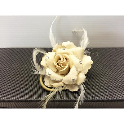 Pince à cheveux rose ivoire