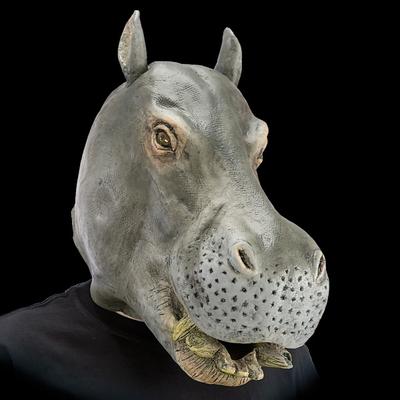 Masque géant d'hippopotame