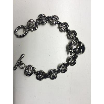 Bracelet métal avec tête de mort