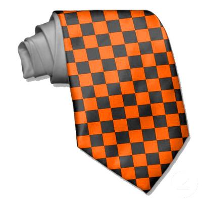 Cravate damier noire et orange fluo