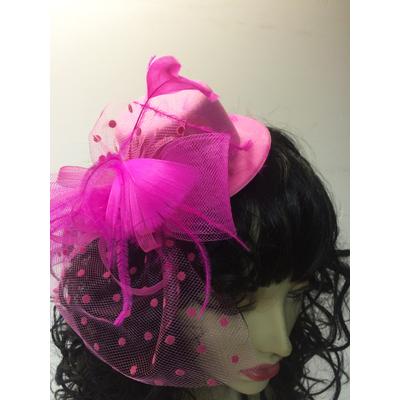 Mini chapeau avec voilette fuchsia