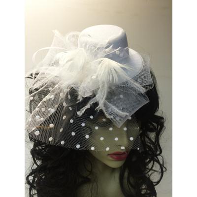 Mini chapeau avec voilette blanc