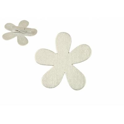 12 marques place fleurs blanc en bois