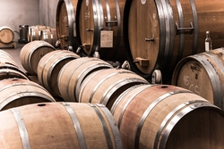wood-wine-red-metal-industry-red-wine-818207-pxhere.com