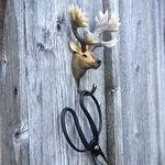Patere-crochet-wildlifegarden-cerf-rouge-mur