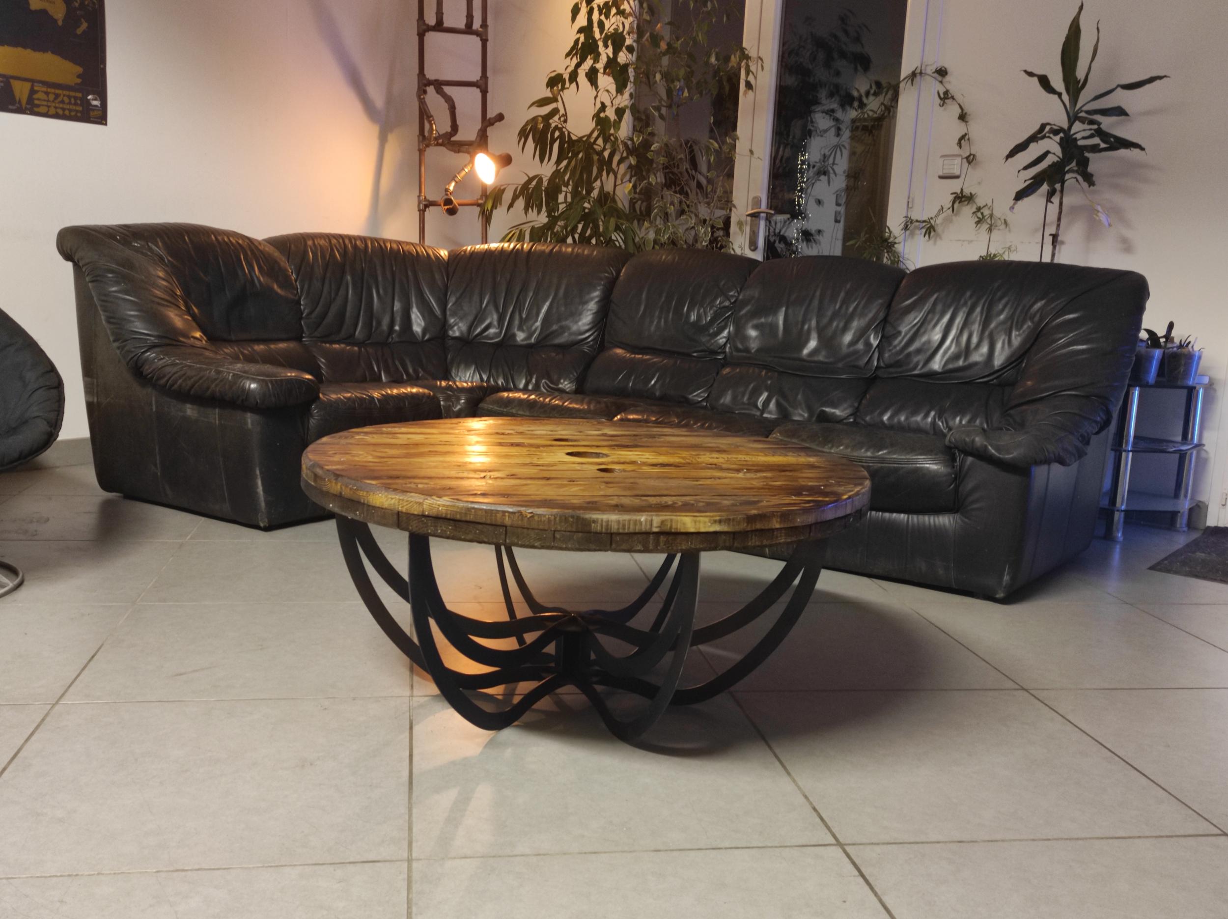 Table basse ronde DESIGNER