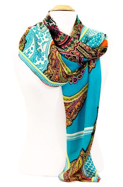 foulard-carre-de-soie-bleu-indie-105-x-105-cm-4-min