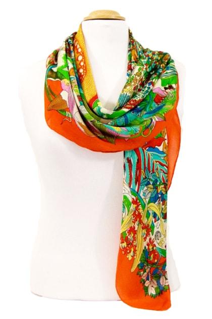 foulard-carre-de-soie-orange-fleuri-105-x-105-cm-4-min