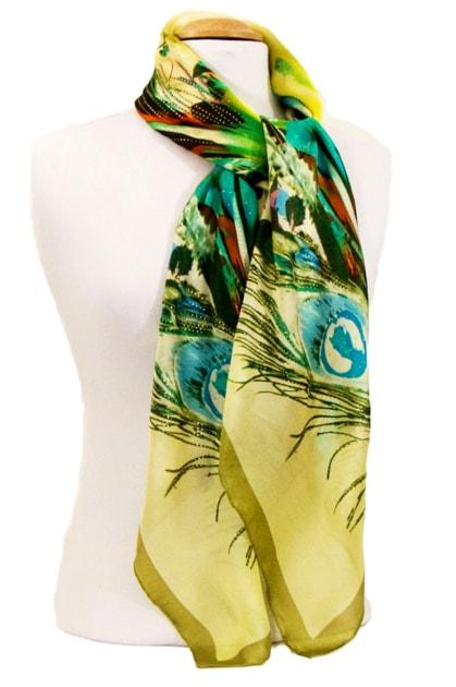 foulard-carre-de-soie-vert-plumes-105-x-105-cm-4-min