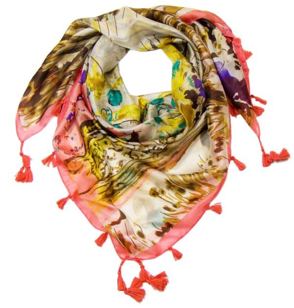 foulard-en-soie-rose-printemps-2-min
