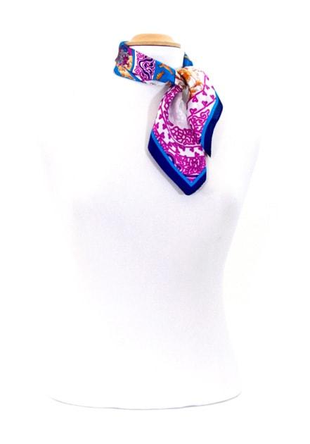 foulard-en-soie-bleu-faience-petit-cspp-fan-01-2 copie-min