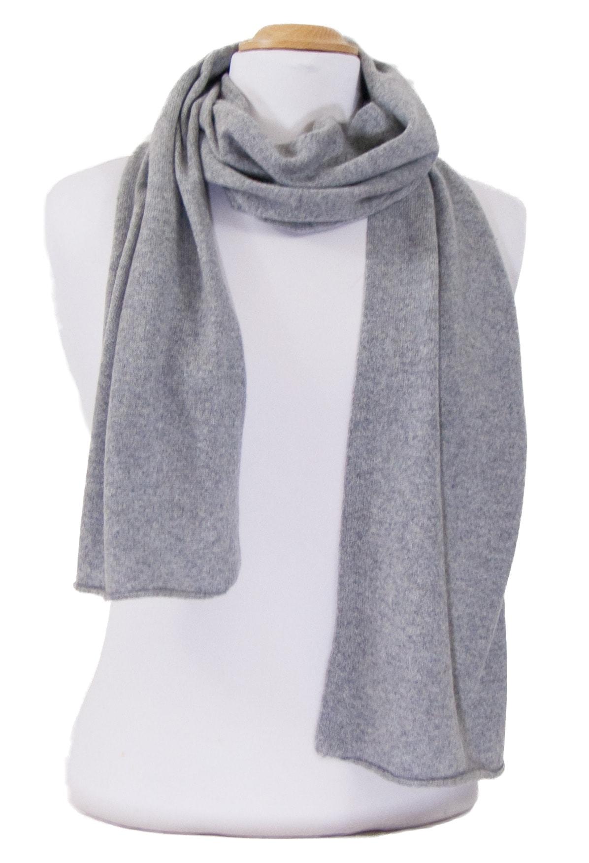Echarpe grise cachemire tricot - écharpe en cashmere - Mesecharpes.com 907096e9a9a