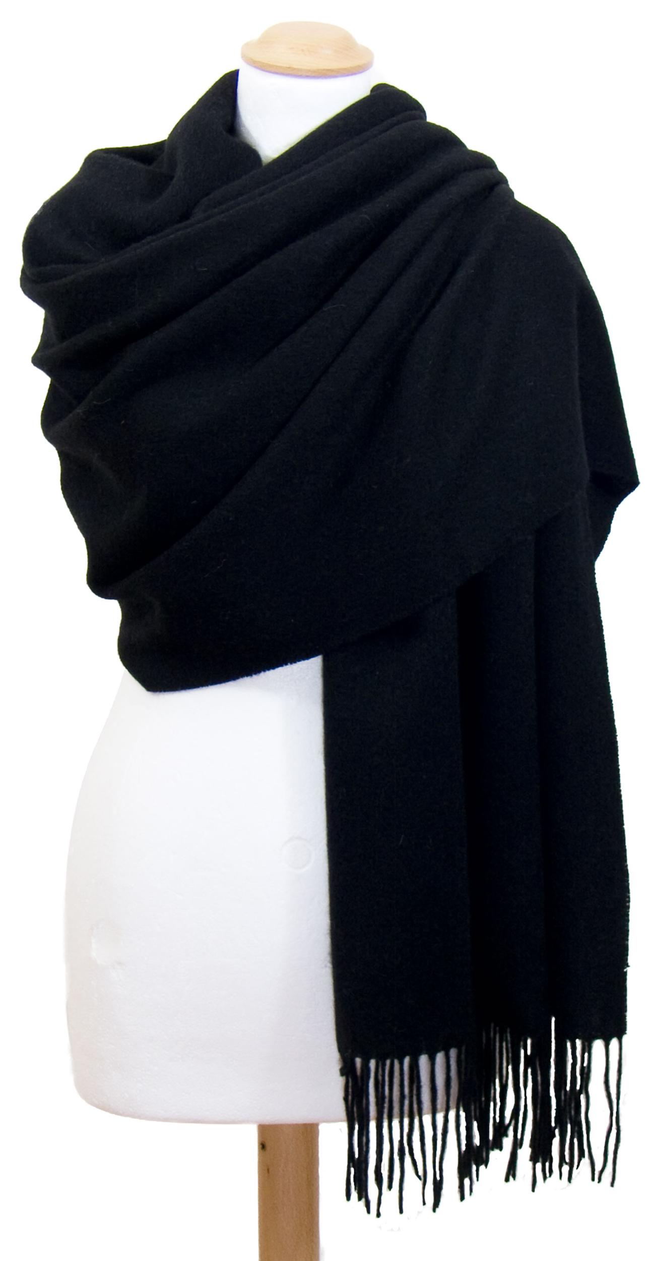 Etole noir en pure laine premium