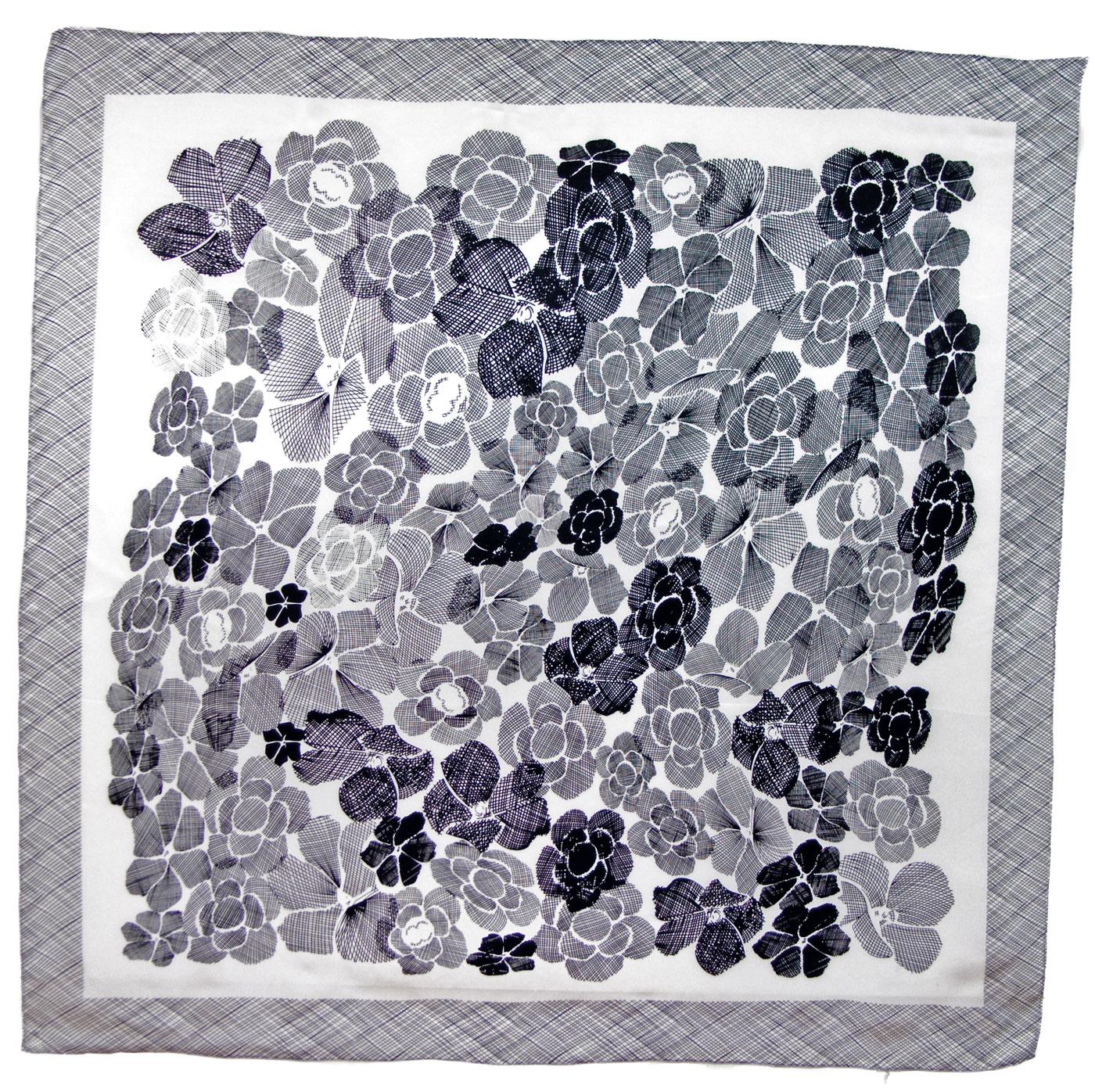 Carré de soie noir blanc Capucine 110 x 110 cm premium