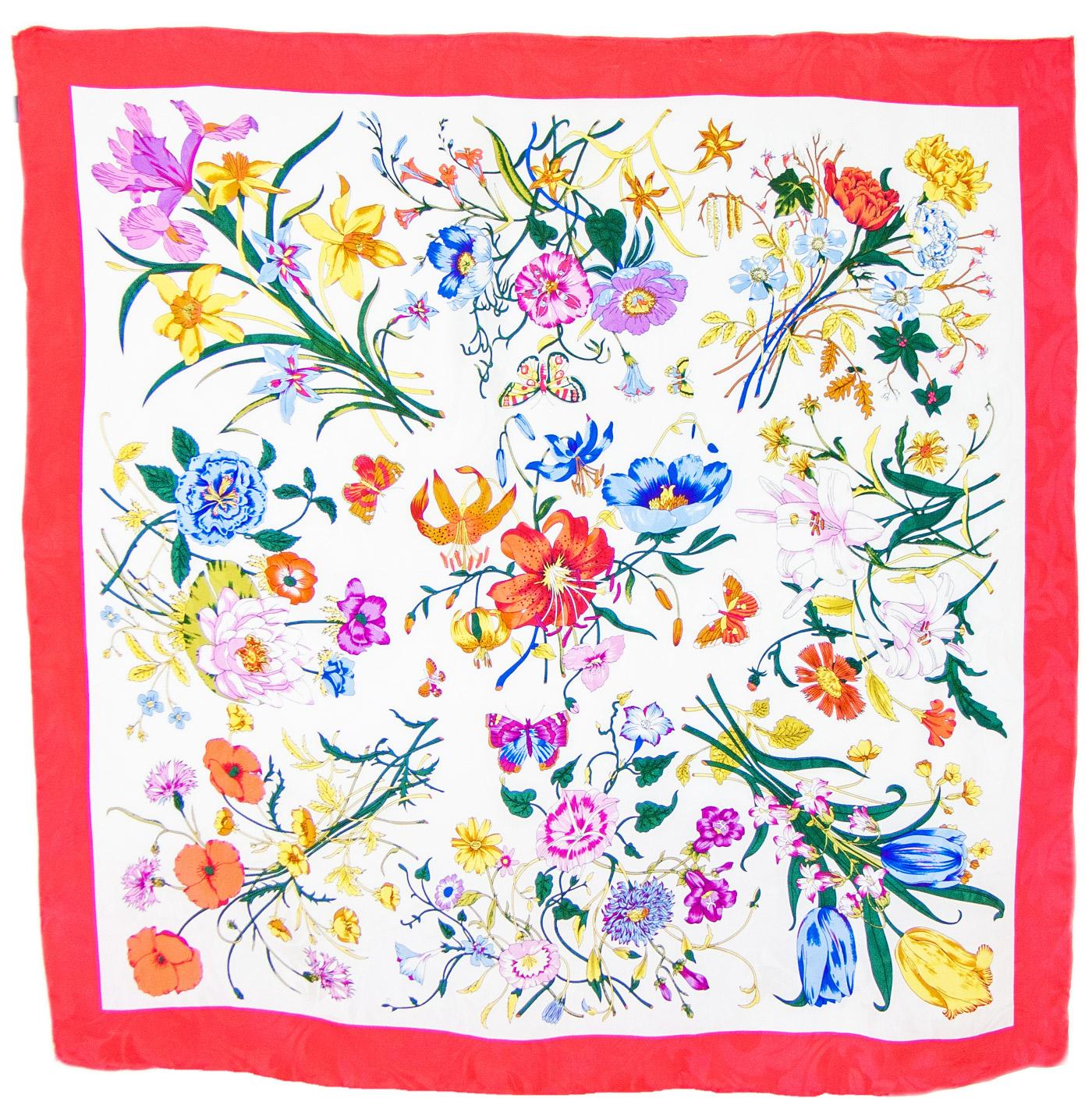 Foulard carré en soie rouge bouquets