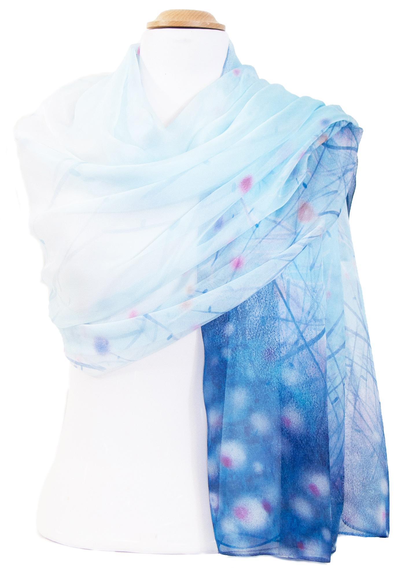 Etole mousseline de soie bleu fleurs
