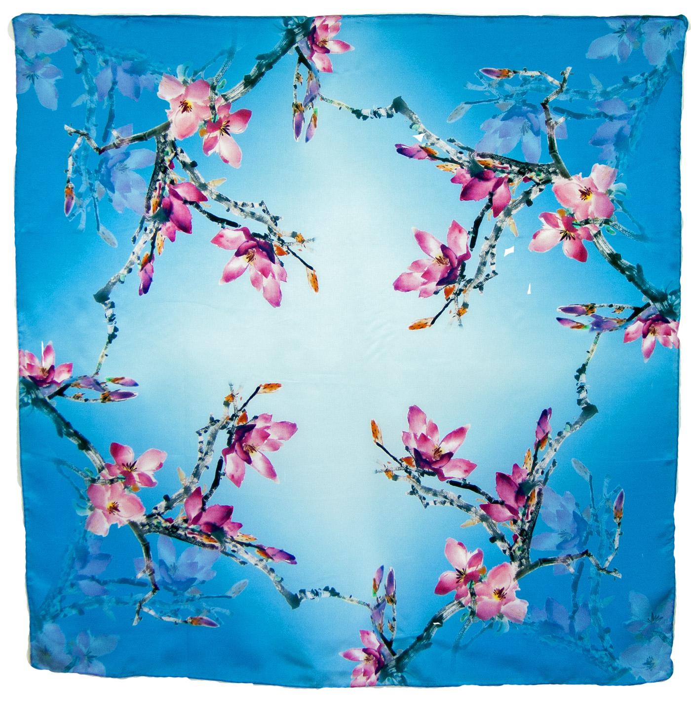 Carré de soie bleu fleurs de cerisiers 110 cm
