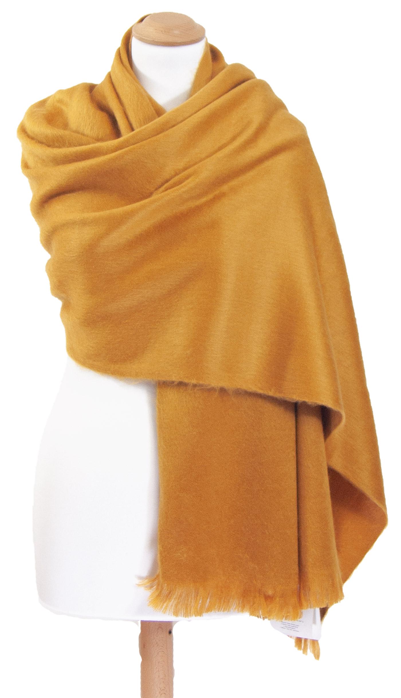 Châle en laine alpaga jaune
