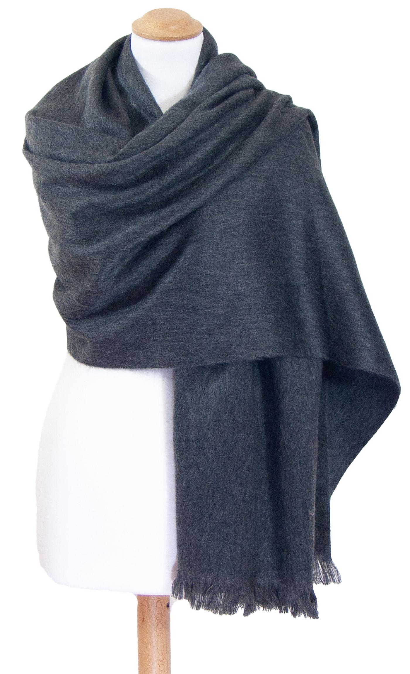 Châle en laine alpaga gris