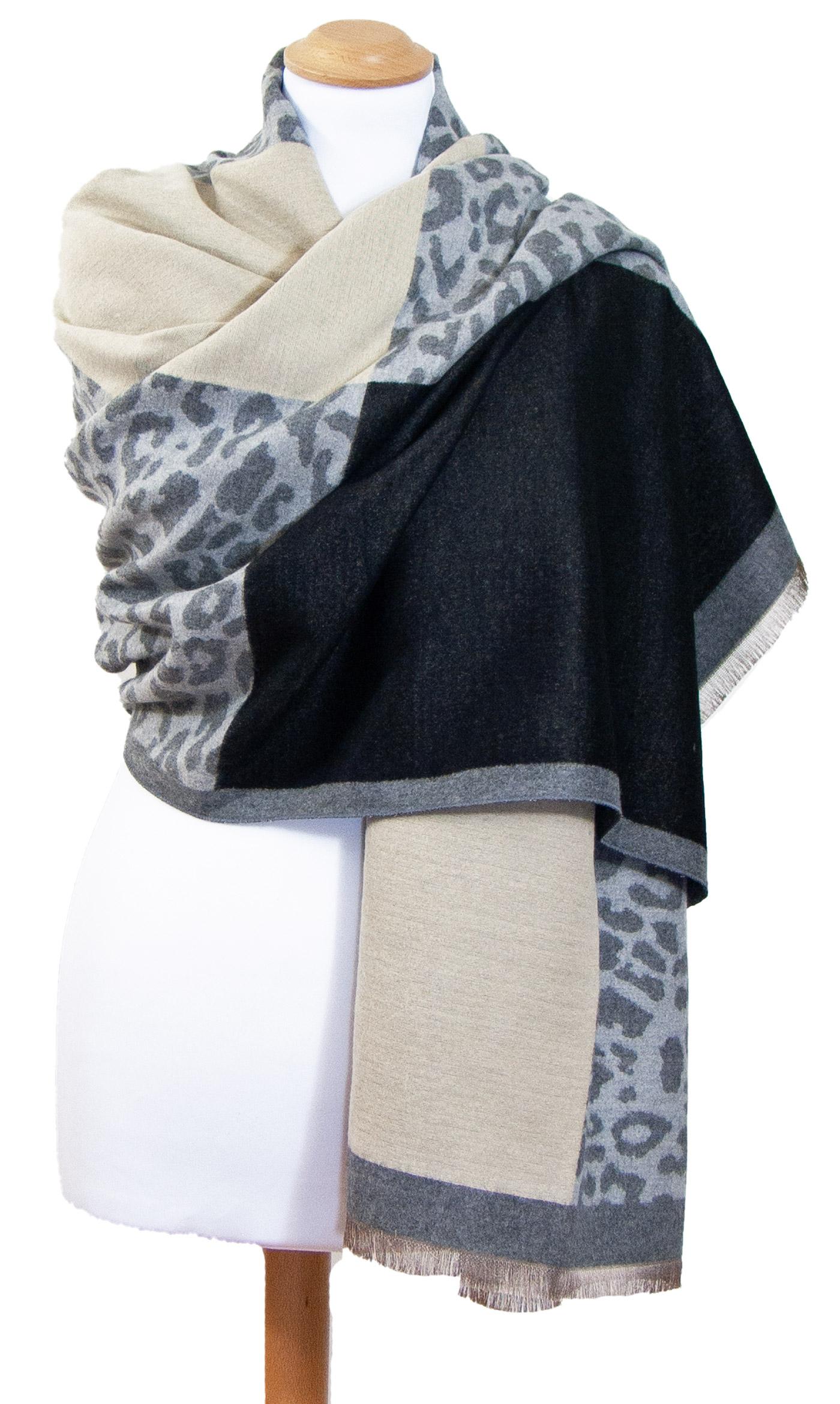 Châle léopard gris beige Agathe