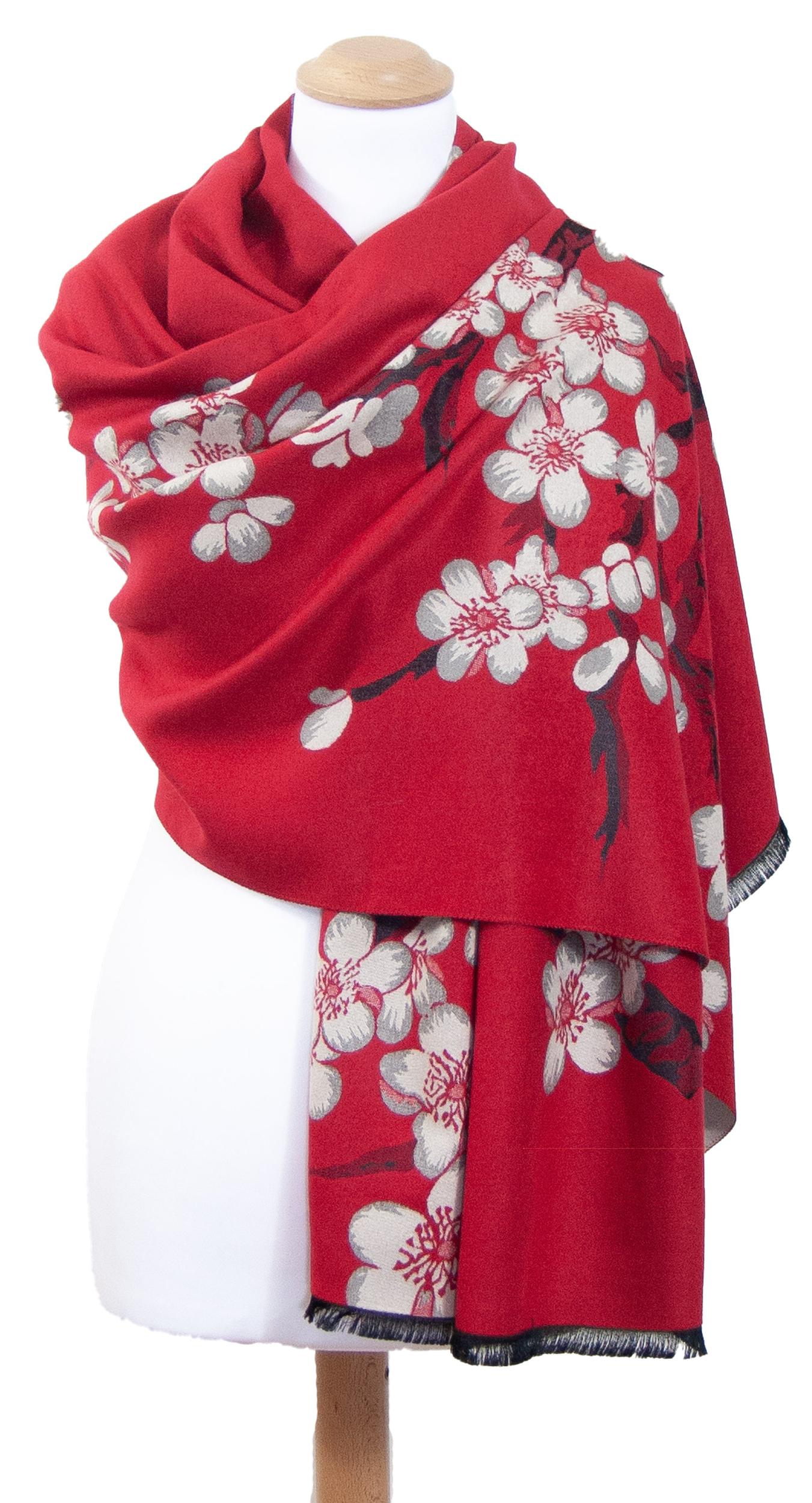 Châle rouge gris fleurs de cerisiers