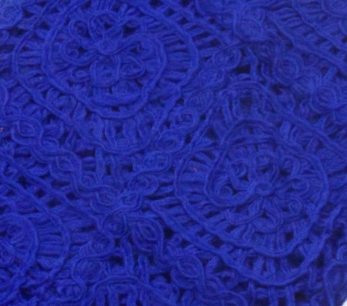 echarpe laine maille crochet bleu klein 4-min
