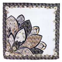 Foulard en soie carré gris pétales 85 x 85 cm