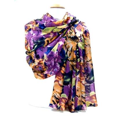 Etole en soie violet imprimé fleurs alicia