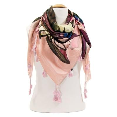 Foulard en soie pompons rose bouquet de fleurs