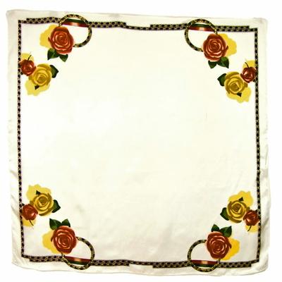 Foulard en soie carré écru roses jaunes 85 x 85 cm