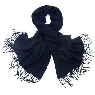 Etole bleu marine en laine