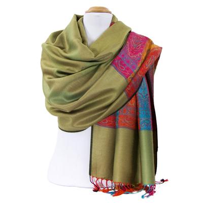 Etole pashmina vert tissée motifs multicolores
