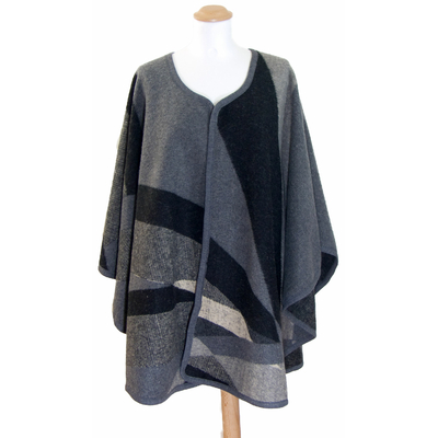 Poncho laine gris patchwork Anna