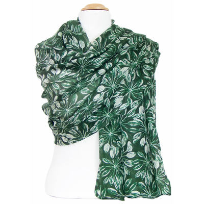 Etole en soie verte feuilles