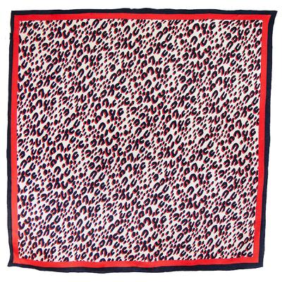 Foulard carré en soie rouge panthère