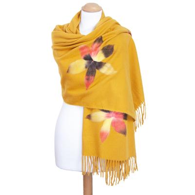 Châle jaune laine fleurs Eva