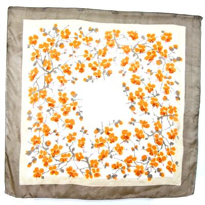 Foulard  en soie carré fleurs de cerisier pêche Palme 110 x 110 cm