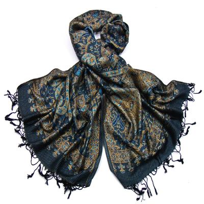 Etole pashmina bleu marine motifs baroques