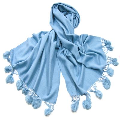 Etole bleu ciel en laine et fourrure