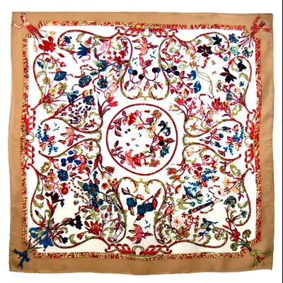 Foulard en soie satin beige louise premium 90 x 90 cm
