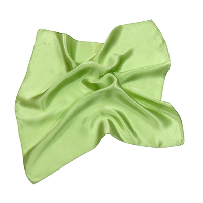 Foulard en soie vert anis carré mini 50 x 50 cm premium