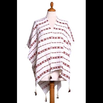 Poncho foulard rouge frises pompons