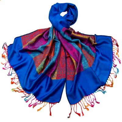 Etole pashmina bleu foncé tissée motifs multicolores