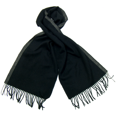 Echarpe en laine noir rayure